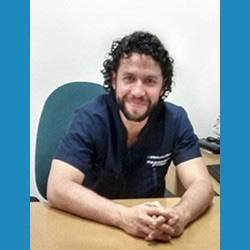 Dr. Carlos Acosta Cajigas